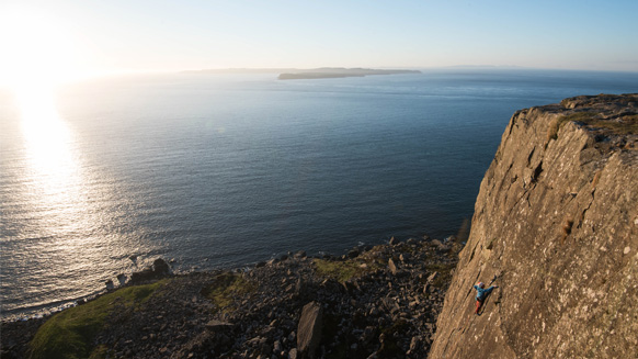 Climbing in Northern Ireland: Fair Head