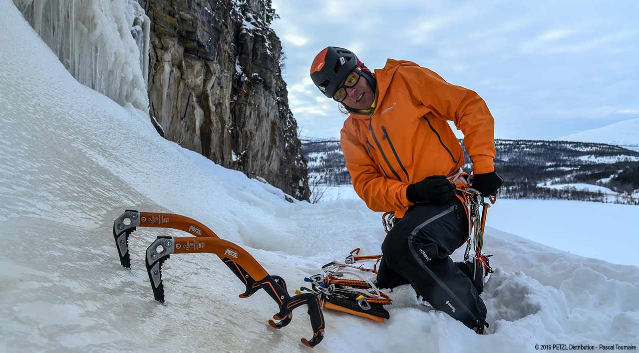 ©Petzl ditribution - Pascal Tournaire - Icetool - Piolet