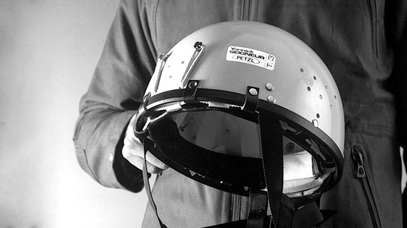 Wearing a helmet: yes… but why?