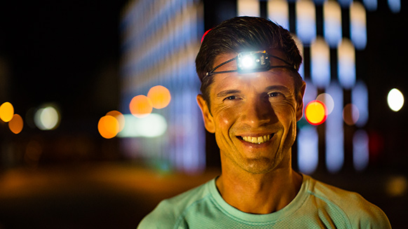 How to choose a headlamp for running