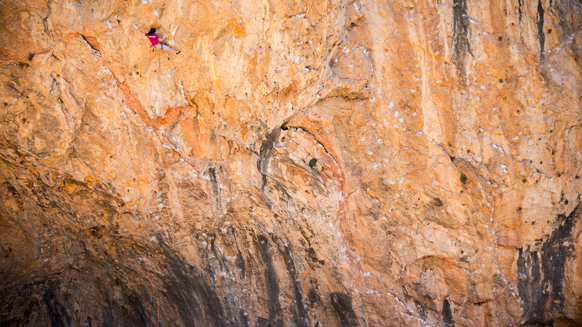 Ashima Shiraishi climbs her second 9a/+