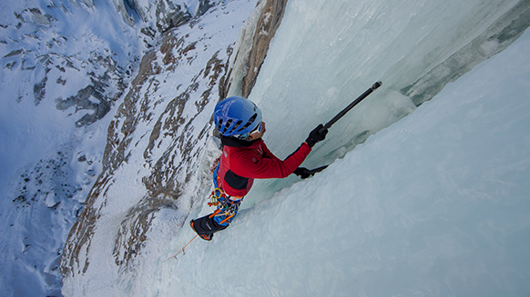 Hee Yong Park, una sessione di ghiaccio e misto sul ghiacciaio di Argentière