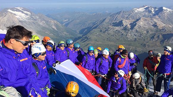 L'Equipe de France de Rugby au sommet avec les Guides de la Vanoise et Petzl