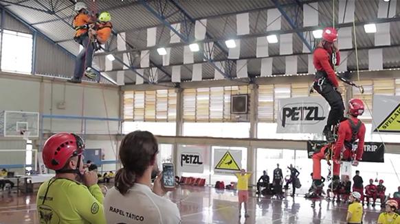 """Capture d'écran de la vidéo :Vidéo du """"Petzl RopeTrip 2016 - Latino América series"""""""