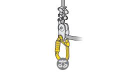 Elección del mosquetón para la conexión del elemento de amarre ZILLON o GRILLON al arnés