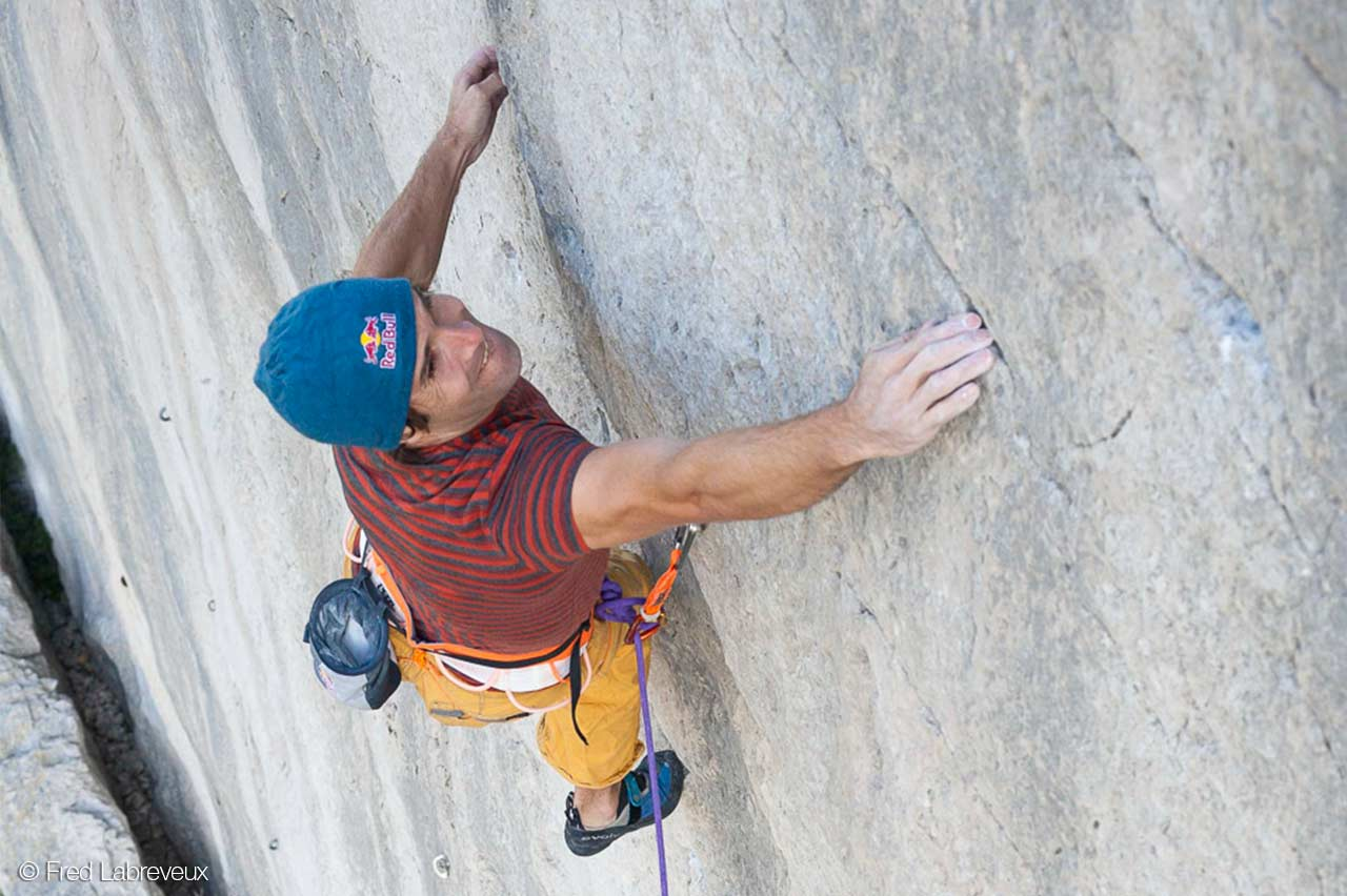 Chris Sharma dans Magie Blanche © Fred Labreveux
