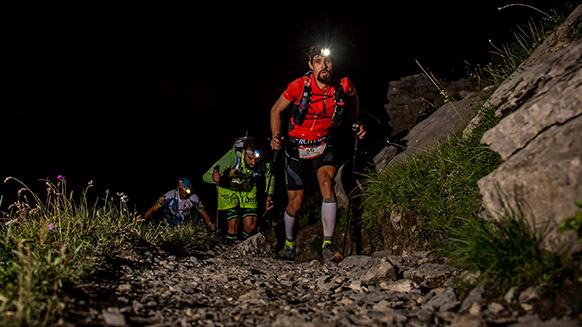 Running at night: tips from the pros