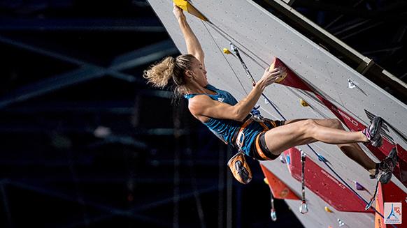 Coup d'envoi des championnats du monde d'escalade à Paris