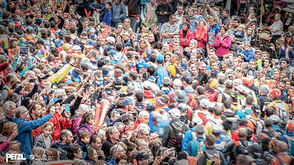Ten photos from the UTMB®: FROM DUSK TILL DAWN